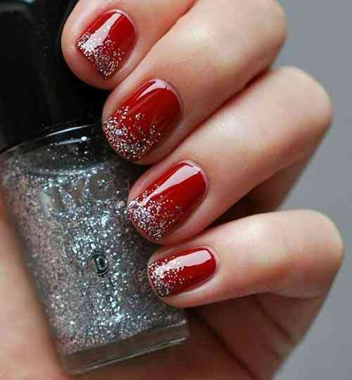 Christmas Glitter Nails Design