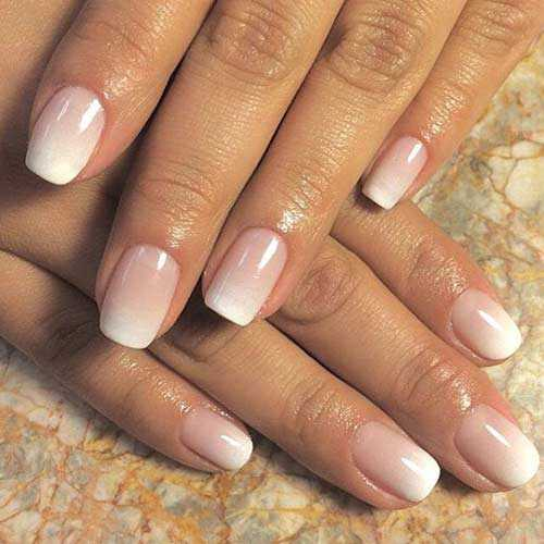 french manicure ombre