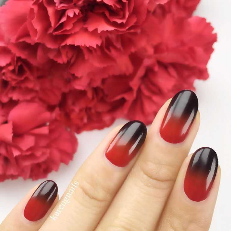 vampy nails design