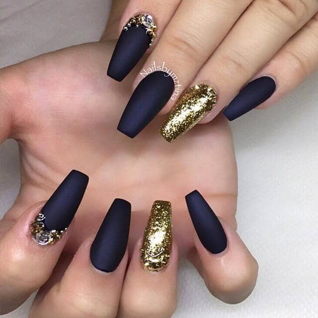 All That Glitters Is Gold Nail Design