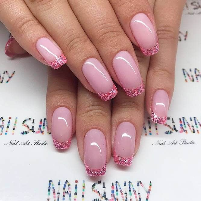 Unique Pink Design on the Classic French Manicure vvpretty