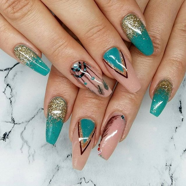 short Multi Shades Nail Design