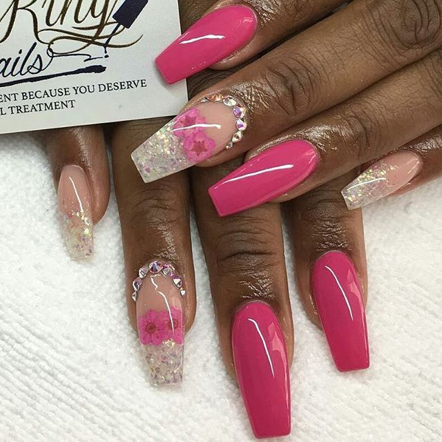 Pink and Crystal Nails vvpretty