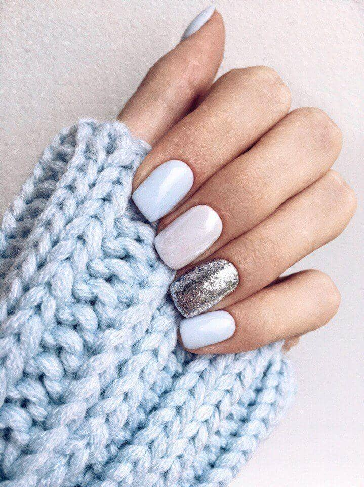 Light Winter Sky Sparkle Nail Design vvpretty
