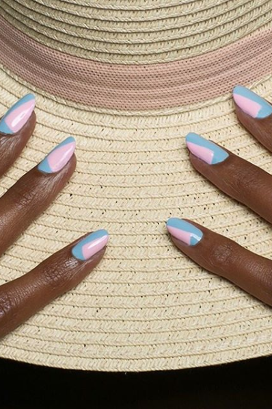 Geometric Almond Shaped Nails