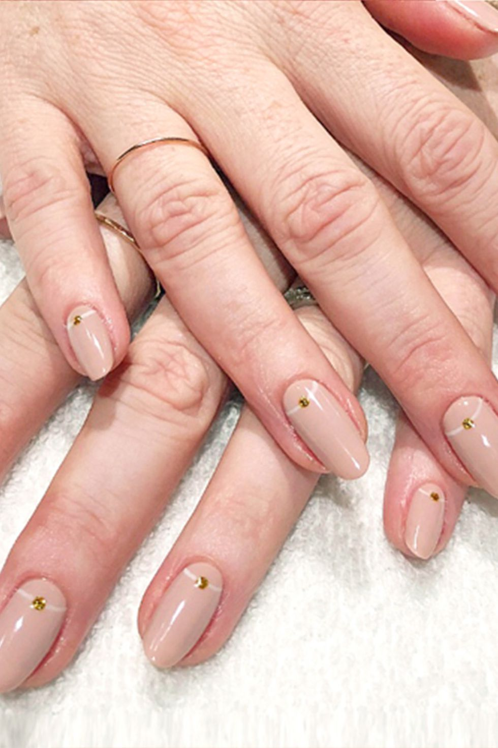 Almond Nail Design in Cream Color with Golden Dots-vvpretty